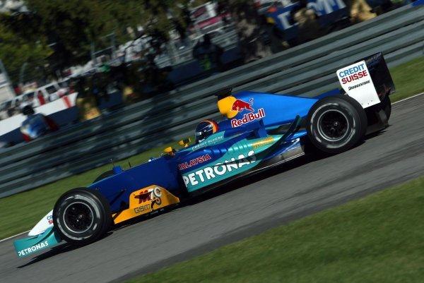 Heinz-Harald Frentzen (GER) Sauber Petronas C22.Formula One World Championship, Rd15, United States Grand Prix, Indianapolis, USA, 27 September 2003.DIGITAL IMAGE