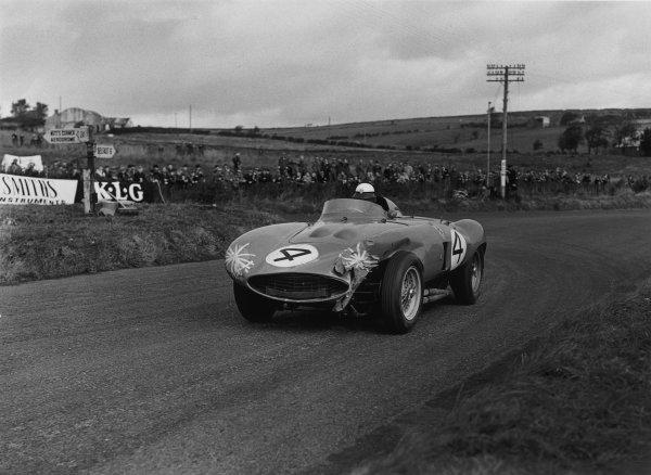 Dundrod, Northern Ireland. 17th September 1955.Eugenio Castellotti/Piero Taruffi (Ferrari 857 Monza), 6th position, action. World Copyright: LAT Photographic.Ref:  B/W Print.