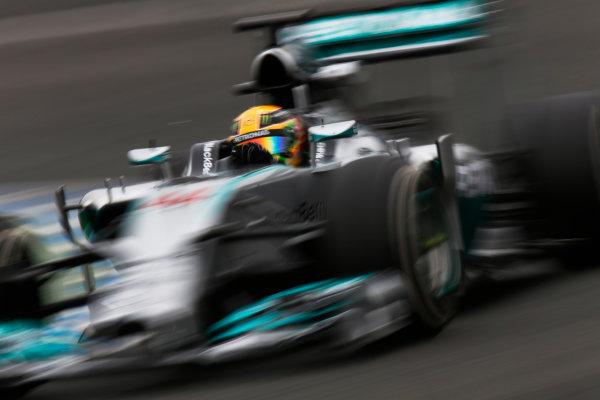 2014 F1 Pre Season Test 1 - Day 4 Circuito de Jerez, Jerez, Spain. Friday 31 January 2014. Lewis Hamilton, Mercedes W05. World Copyright: Andrew Ferraro/LAT Photographic. ref: Digital Image _79P7907.JPG