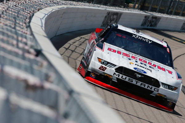 NASCAR XFINITY Series American Ethanol E15 250 presented by Enogen Iowa Speedway, Newton, IA USA Friday 23 June 2017 Sam Hornish Jr, Discount Tire Ford Mustang World Copyright: Brett Moist LAT Images