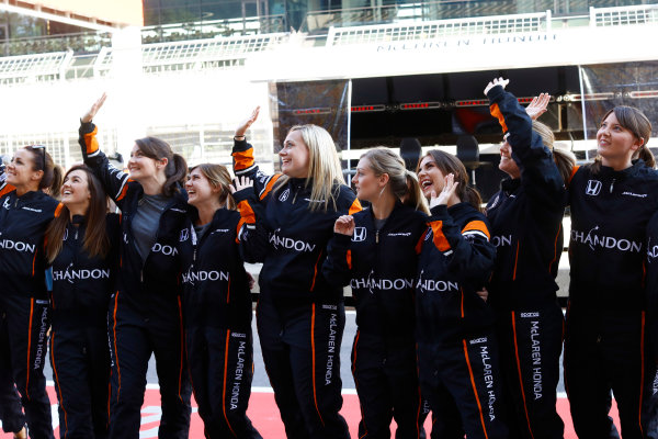 Red Bull Ring, Spielberg, Austria. Thursday 06 July 2017. The McLaren team organise an all-female pit stop. World Copyright: Steven Tee/LAT Images ref: Digital Image _O3I4816