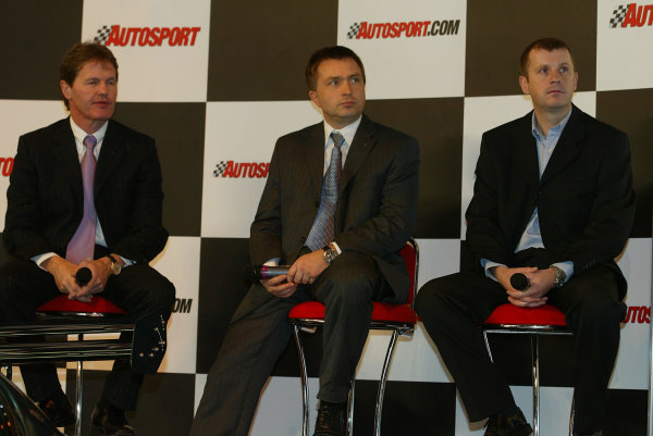 2004 Autosport International.