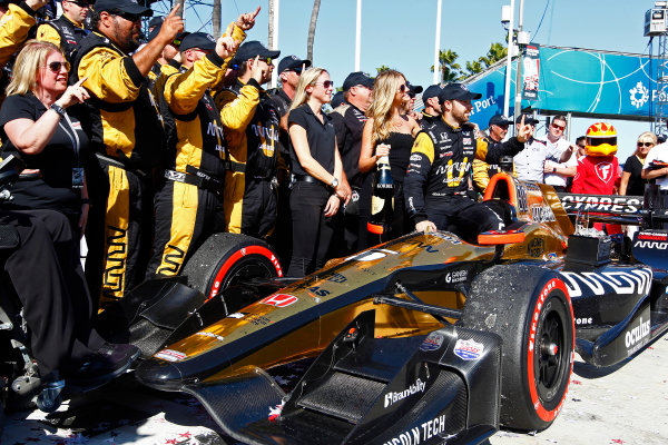 2017 Verizon IndyCar Series Toyota Grand Prix of Long Beach Streets of Long Beach, CA USA Sunday 9 April 2017 James Hinchcliffe celebrates with his crew in victory lane World Copyright: Phillip Abbott/LAT Images ref: Digital Image lat_abbott_lbgp_0417_15292