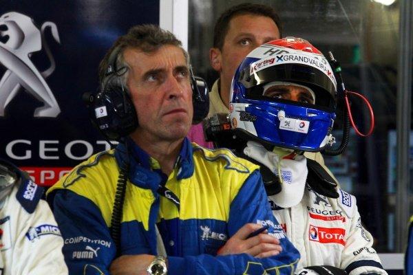 Michelin Engineer. Le Mans 24 Hours Qualifying, La Sarthe, Le Mans, France, 10 June 2010.