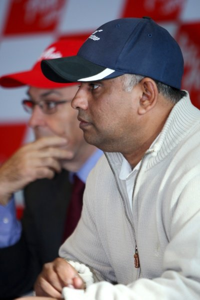 Tony Fernandes (MAL), CEO AirAsia Group.AirAsia Signs As Title Sponsor for 2010 MotoGP British Grand Prix, Silverstone, England, Wednesday 10 February 2010.