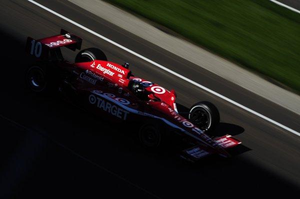"4-25 May 2008, Indianapolis,Indiana USADan Wheldon's Target Chip Ganassi Racing Honda/Dallara #10 races through the ""Happy Hour"" light and into turn one.©2008 F Peirce Williams USALAT Photographic"