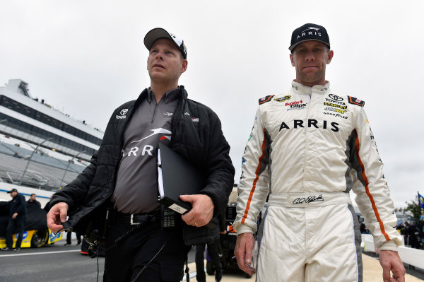 30 September-2 October, 2016, Dover, Delaware USA Carl Edwards, ARRIS Surfboard Toyota Camry and Dave Rogers ? 2016, Nigel Kinrade LAT Photo USA