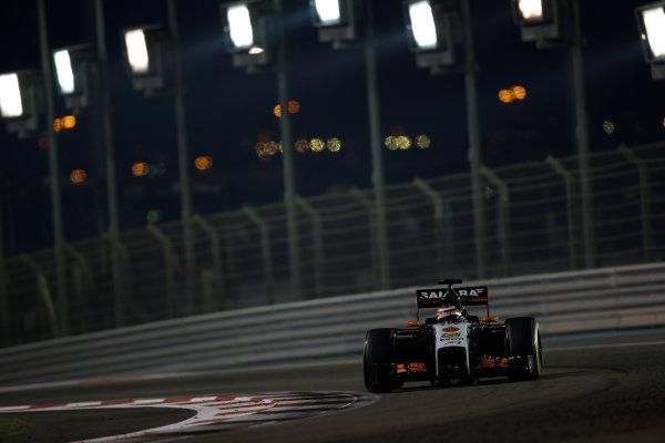 Yas Marina Circuit, Abu Dhabi, United Arab Emirates. Sunday 23 November 2014. Nico Hulkenberg, Force India VJM07 Mercedes. World Copyright: Andrew Ferraro/LAT Photographic. ref: Digital Image _AND9524