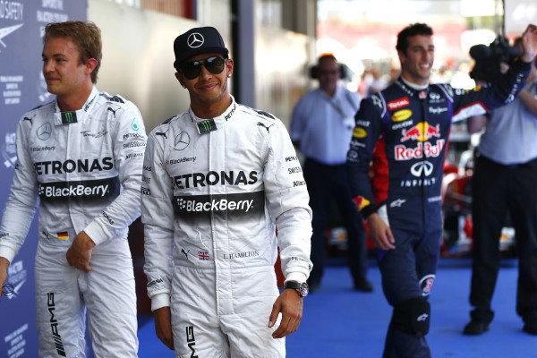Circuit de Catalunya, Barcelona, Spain. Saturday 10 May 2014. Lewis Hamilton, Mercedes AMG, Nico Rosberg, Mercedes AMG, and Daniel Ricciardo, Red Bull Racing. World Copyright: Andy Hone/LAT Photographic. ref: Digital Image _ONZ0938