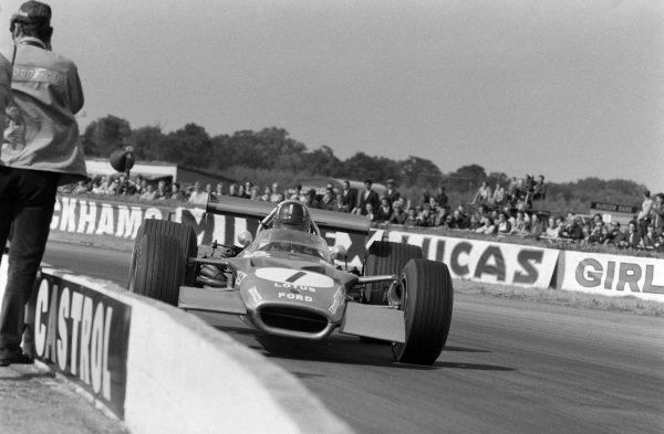 Graham Hill, Lotus 49B Ford.