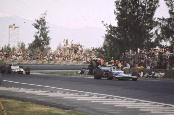 1970 Mexican Grand Prix.Mexico City, Mexico.23-25 October 1970.Henri Pescarolo (Matra-Simca MS120) 9th position.Ref-70 MEX 34.World Copyright - LAT Photographic