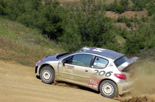 World Rally Championship, Cyprus Rally, April 18-21, 2002.Marcus Gronholm in action on Stage 6, Leg 1.Photo: Ralph Hardwick/LAT