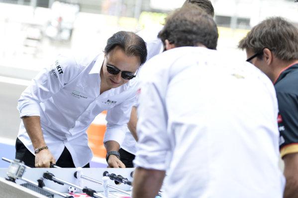 Felipe Massa (BRA), Venturi and Edoardo Mortara (CHE) Venturi play table football against Jean-Eric Vergne (FRA), DS Techeetah and Antonio Felix da Costa (PRT), DS Techeetah