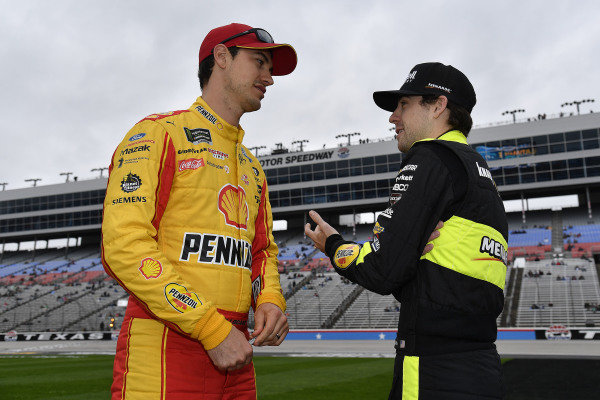 #22: Joey Logano, Team Penske, Ford Mustang Shell Pennzoil and #12: Ryan Blaney, Team Penske, Ford Mustang Menards/Cardell Cabinetry