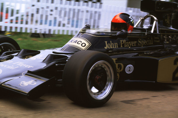 2000 Festival of Speed.Goodwood, England, Great Britain. 23-25 June 2000. Emerson Fittipaldi (Lotus 72D-Ford Cosworth).World - LAT Photographic
