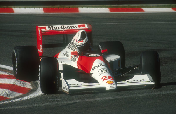 1990 Belgian Grand Prix.Spa-Francorchamps, Belgium.24-26 August 1990.Gerhard Berger (McLaren Honda) 3rd position.Ref-90 BEL 10.World Copyright - LAT Photographic