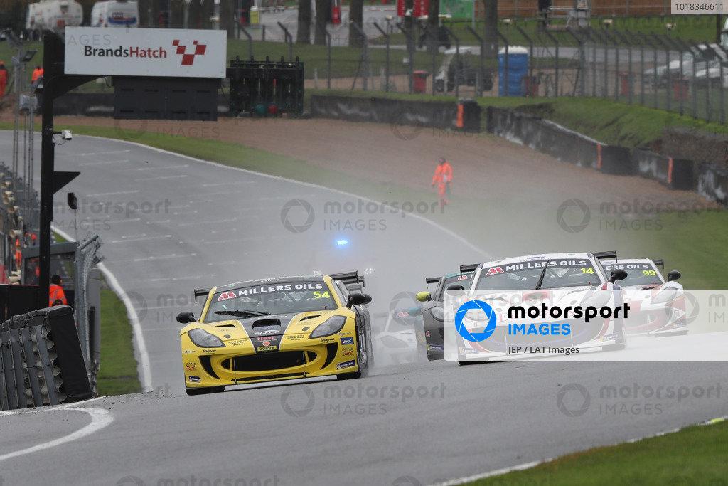 Ginetta GT4 Supercup Race Start