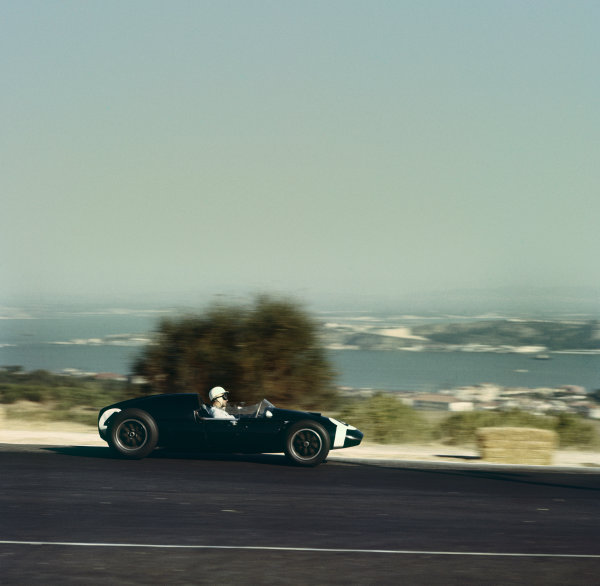 Monsanto, Lisbon, Portugal. 21st - 23rd August 1959.Stirling Moss (Cooper T51-Climax) 1st position, action.World Copyright: LAT Photographic.Ref: 168.