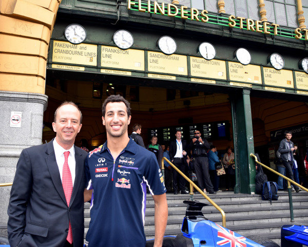 (L to R): Andrew Westacott (AUS) Australian GP CEO and Daniel Ricciardo (AUS) Red Bull Racing helps to launch the 2015 Australian Grand Prix in Melbourne. 2015 Australian Grand Prix Launch, Melbourne, Australia, 11 December 2014.