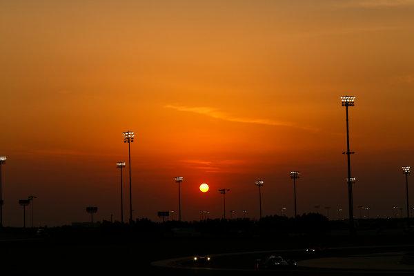 2015 FIA World Endurance Championship Bahrain 6-Hours Bahrain International Circuit, Bahrain Saturday 21 November 2015. Lucas Di Grassi, Lo?c Duval, Oliver Jarvis (#8 LMP1 Audi Sport Team Joest Audi R18 e-tron quattro). World Copyright: Alastair Staley/LAT Photographic ref: Digital Image _R6T0202