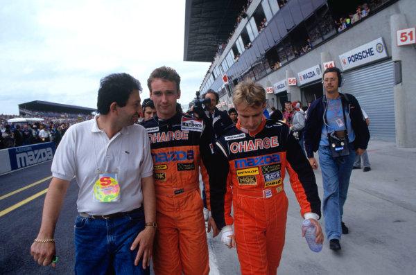 1991 Le Mans 24 hours. Le Mans, France. 22-23 June 1991. Volker Weidler/Bertrand Gachot (Mazda 787B), 1st position. World Copyright - LAT Photographic. Ref: 91LM08.