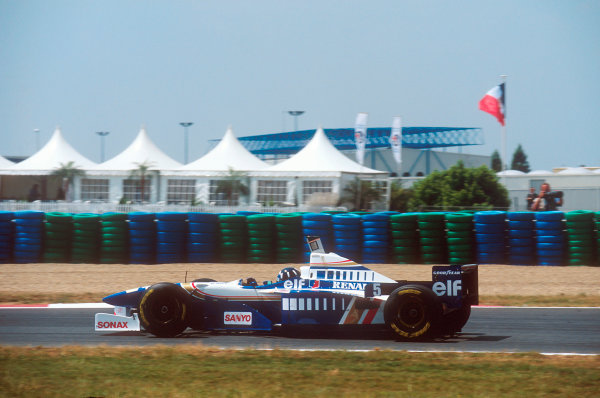 Magny-Cours, France.30/6-2/7 1995.Damon Hill (Williams FW17 Renault) 2nd position.Ref-95 FRA 01.World Copyright - LAT Photographic
