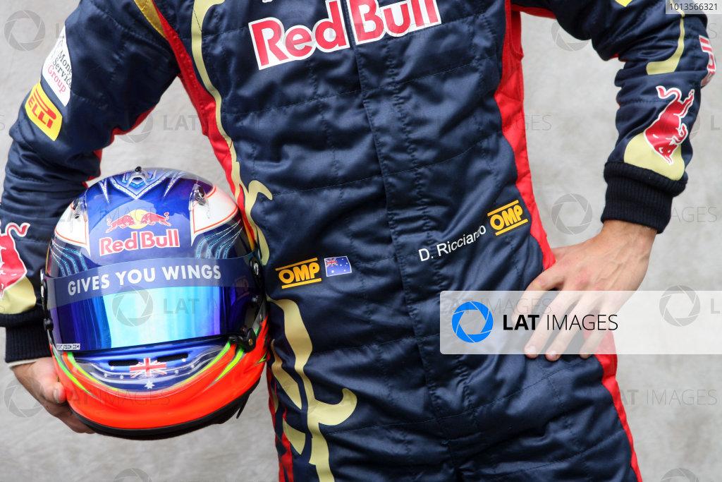 Albert Park, Melbourne, Australia24th March 2011.Daniel Ricciardo, Toro Rosso STR6 Ferrari.World Copyright: LAT Photographicref: Digital Image1_LC2770