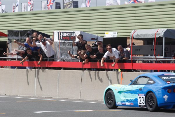 2015 Ginetta Junior Championship,  Snetterton, 8th-9th August 2015. Billy Monger (GBR) JHR Developments wins the race World copyright. Jakob Ebrey/LAT Photographic