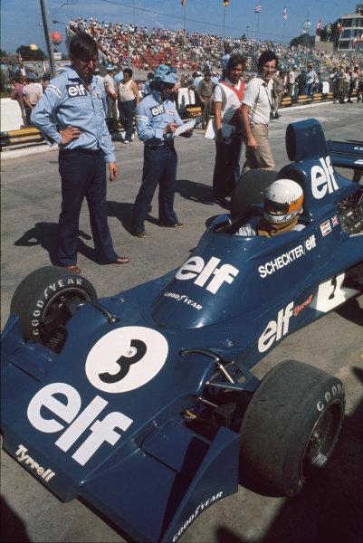 Interlagos, Sao Paulo, Brazil. 23-25 January 1976. Jody Scheckter, Tyrrell 007 Ford, with Ken Tyrrell. Ref: 76BRA20. World Copyright - LAT Photographic
