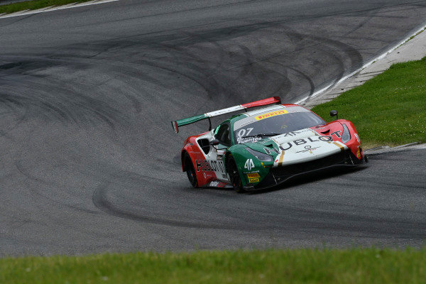 #07 Squadra Corse Garage Italia Americas Ferrari 488 GT3: Caeser Bacarella, Martin Fuentes