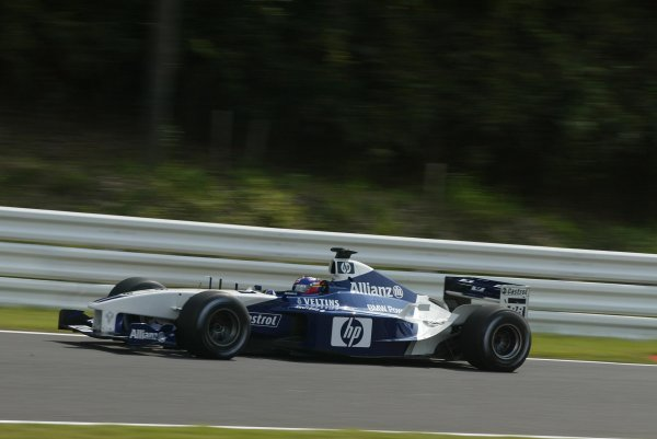 2002 Japanese Grand Prix.Suzuka, Japan. 11-13 October 2002.Juan-Pablo Montoya (Williams FW24 BMW) 4th position.World Copyright - LAT Photographicref: Digital File Only