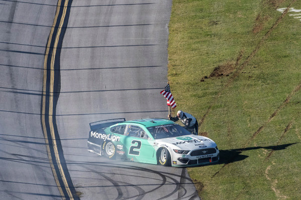 #2: Brad Keselowski, Team Penske, Ford Mustang MoneyLion