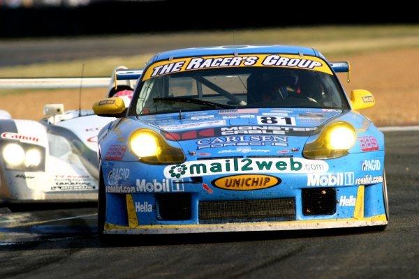 Kevin Buckler (USA) / Jorg Bergmeister (GER) / Timo Bernhard (GER) The Racer's Group Porsche 911 GT3-RS.Le Mans 24 Hours, Le Mans, France, 14-15 June 2003.DIGITAL IMAGE
