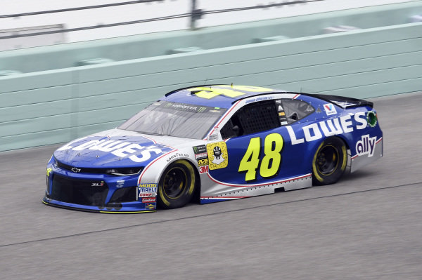 #48: Jimmie Johnson, Hendrick Motorsports, Chevrolet Camaro Lowe's Rookie Throwback