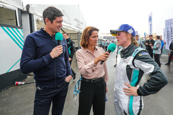 Presenters Vernon Kay and Amanda Stretton interview Alice Powell (GBR), Jaguar VIP car