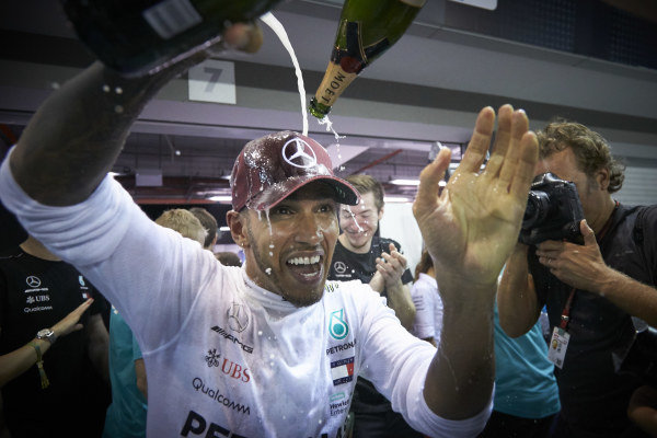 Lewis Hamilton, Mercedes AMG F1, 1st position, celebrates victory with his team