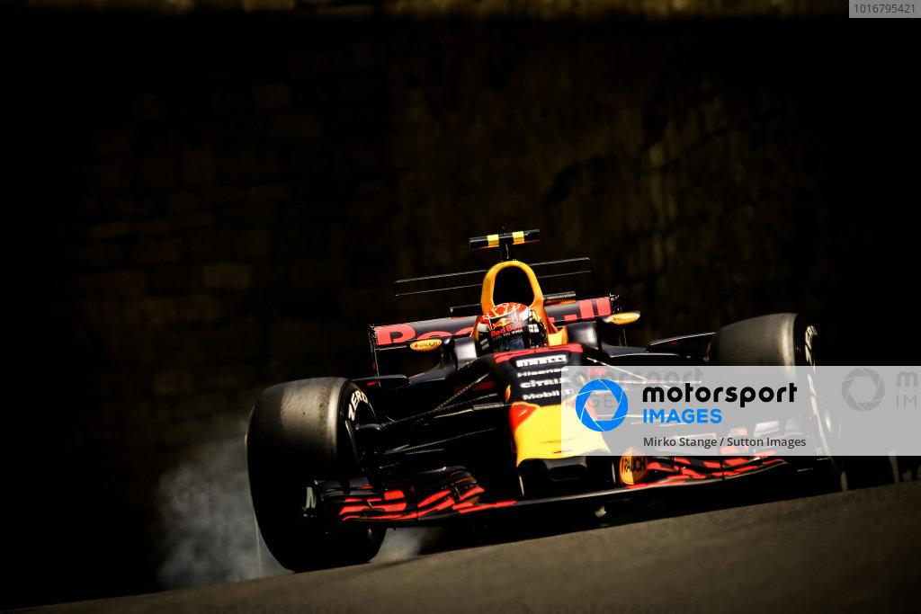 Max Verstappen (NED) Red Bull Racing RB13 locks up at Formula One World Championship, Rd8, Azerbaijan Grand Prix, Practice, Baku City Circuit, Baku, Azerbaijan, Friday 23 June 2017. BEST IMAGE