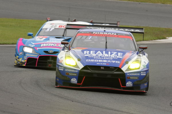 GT300 Winners Kiyoto Fujinami and João Paulo de Oliveira ( #56 Realize Nissan Automobile Technical College Nissan GT-R )