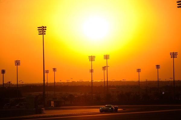 2017 FIA World Endurance Championship, Bahrain International Circuit, Bahrain. 16th-18th November 2017, #66 Ford Chip Ganassi Team UK  Ford GT: Stefan Mucke, Olivier Pla,   World Copyright. JEP/LAT Images
