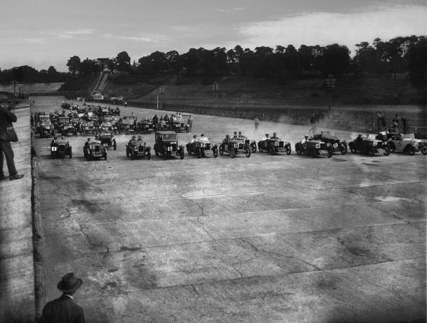 Brooklands, England. July 1929.Second row is Salmson GS8 GD8907 ( Car #23 ) driven with some success by W G. Battersby. The MG Midget (Car #12) driven by C. G .H . Dunham.World Copyright: LAT Photographic.Ref:  Autocar Glass Plate B2269.