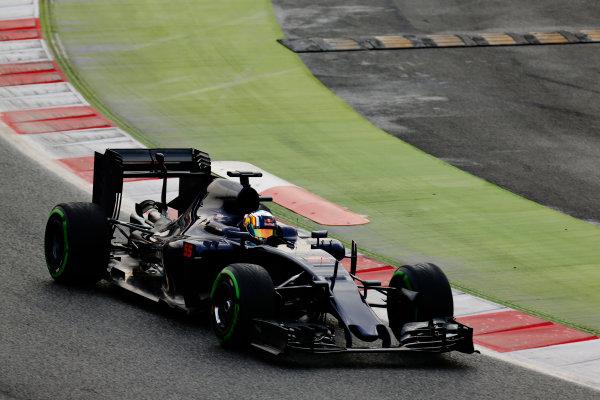 Circuit de Catalunya, Barcelona, Spain Monday 22 February 2016. Carlos Sainz Jr, Toro Rosso STR11 Ferrari. World Copyright: Alastair Staley/LAT Photographic ref: Digital Image _R6T6488