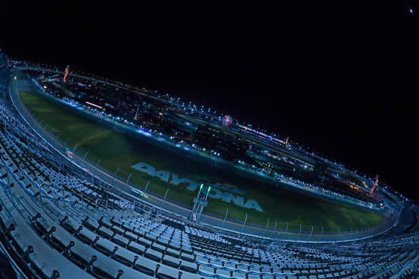 28-31 January, 2016, Daytona Beach, Florida USA Daytona International Speedway at night during the Rolex 24. ?2016, F. Peirce Williams LAT Photo USA