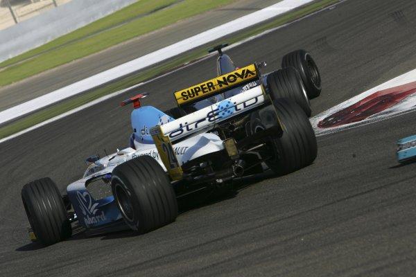 2005 GP2 Series - BahrainSakhir, Bahrain28th-30th September 2005Friday Race 2Adam Carroll (GB, Super Nova International). Action. Copyright: GP2 Series Media Service ref: Digital Image Only