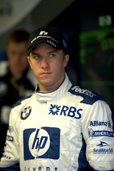 2005 French Grand Prix - Thursday Preview,Magny-Cours, France 30th June 2005Nick Heidfeld, Williams F1 BMW FW27, Portrait. World Copyright: Steven Tee/LAT Photographic ref:Digital Image Only 48 mb file