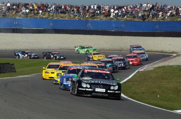 Marcel Fassler  (GER) Warsteiner AMG Mercedes CLKleads the field and won the qualifying race.DTM Championship, Rd9, Zandvoort, Holland. 29 September 2002.DIGITAL IMAGE