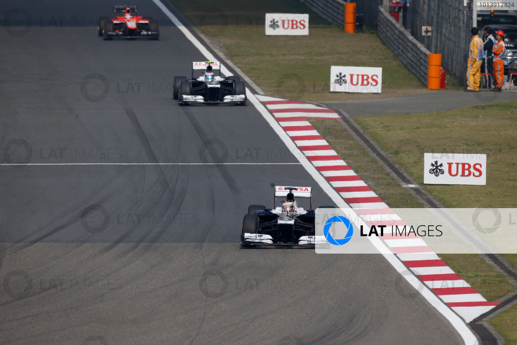Shanghai International Circuit, Shanghai, China Sunday 14th April 2013 Pastor Maldonado, Williams FW35 Renault, leads Valtteri Bottas, Williams FW35 Renault, and Jules Bianchi, Marussia MR02 Cosworth.  World Copyright: Glenn Dunbar/LAT Photographic ref: Digital Image _89P8051