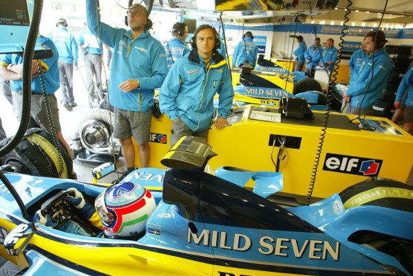 2003 San Marino Grand Prix - Friday 1st Qualifying Imola, Italy. 18th April 2003. Jarno Trulli, Renault R23, in pit garage. World Copyright LAT Photographic. ref: Digital Image Only.