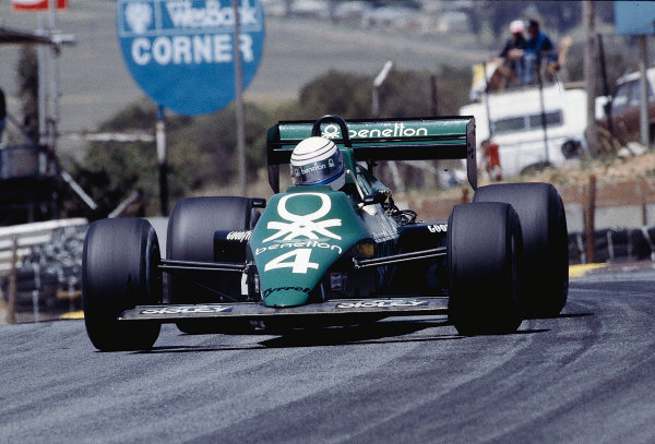 1983 South African Grand Prix.Kyalami, South Africa.13-15 October 1983.Danny Sullivan (Tyrrell 012 Ford) 7th position.Ref-83 SA 32.World Copyright - LAT Photographic