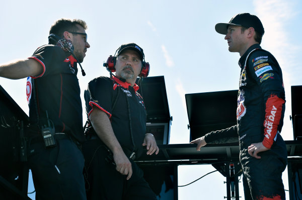 Monster Energy NASCAR Cup Series Bank of America 500 Charlotte Motor Speedway, Concord, NC USA Friday 6 October 2017 Kasey Kahne, Hendrick Motorsports, Road to Race Day Chevrolet SS and Darian Grubb World Copyright: Nigel Kinrade LAT Images