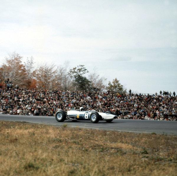 1964 United States Grand Prix. Watkins Glen, New York, USA. 2-4 October 1964. Lorenzo Bandini (Ferrari 1512). Ref-3/1421. World Copyright - LAT Photographic